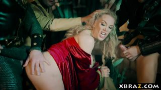 Cersei Lannister MILF Cosplayer Gets Gangbanged in Game of Thrones XXX Parody